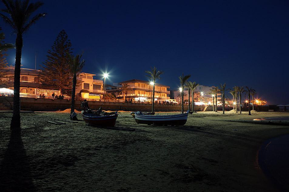 marina di ragusa spiaggia